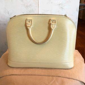 Louis Vuitton Alma PM Epi ivory with wallet!
